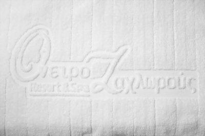 Πετσέτα ξενοδοχείου δίκλωνη με ρίγες & ενδοϋφασμένο λογότυπο TerryTex