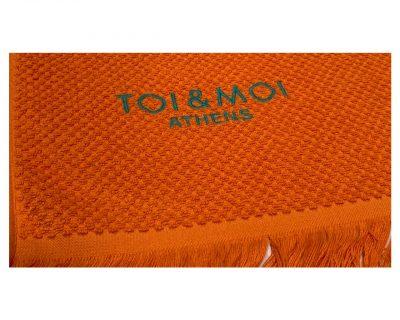 Πετσέτα πισίνας-θαλάσσης μονόχρωμη με κεντημένο λογότυπο TerryTex